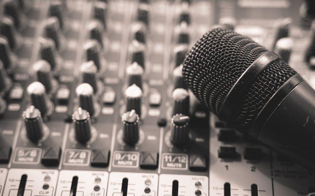 Podcast – Schon mal gehört? Alle Fakten rund um das neue Audio-Format